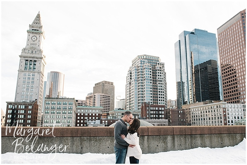 Faneuil-Hall-engagement-session-03