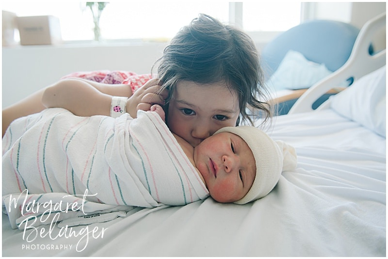 Brigham and Women's Hospital Fresh 48 newborn session - big sister kissing baby