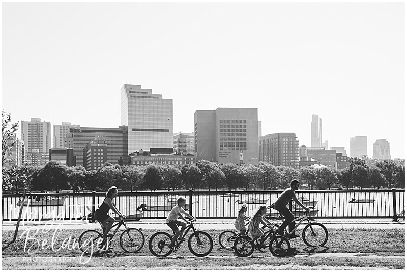 Family session along the Charles River in Cambridge, family riding bikes